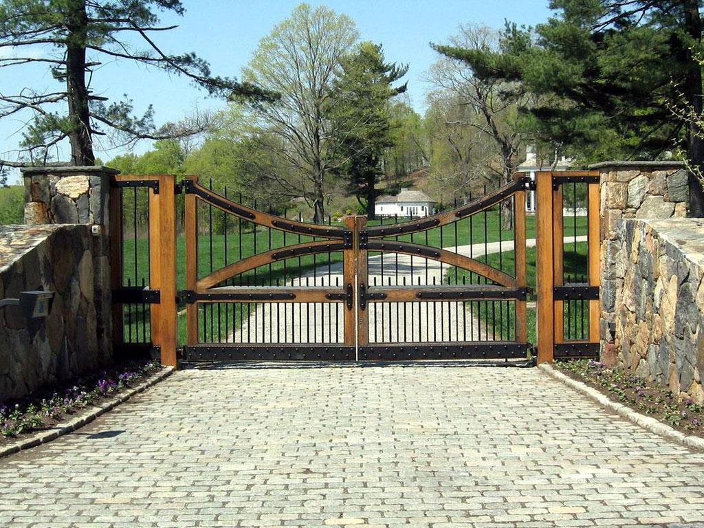 6 Totally Unique Wooden Driveway Gate Designs Tri State