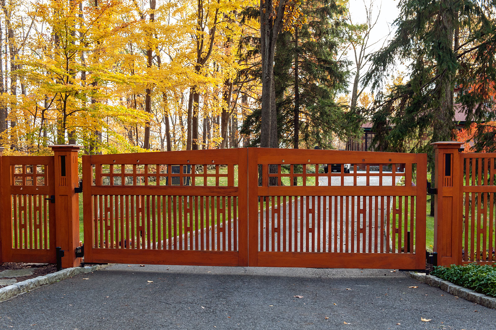 6 Totally Unique Wooden Driveway Gate Designs Tri State