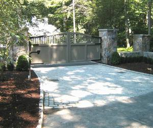Painted composite material entry gate with keypad entry by Tri State Gate, New York