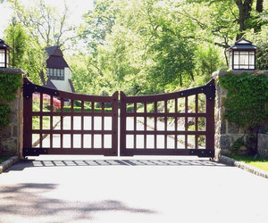 Vintage inspired driveway gate design by Tri State Gate, New York