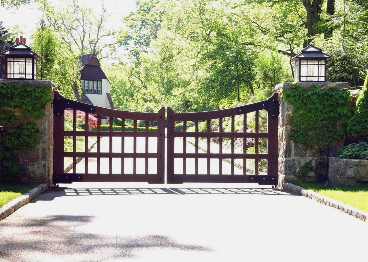 Custom designed driveway gates tri state gate for Driveway gate plans