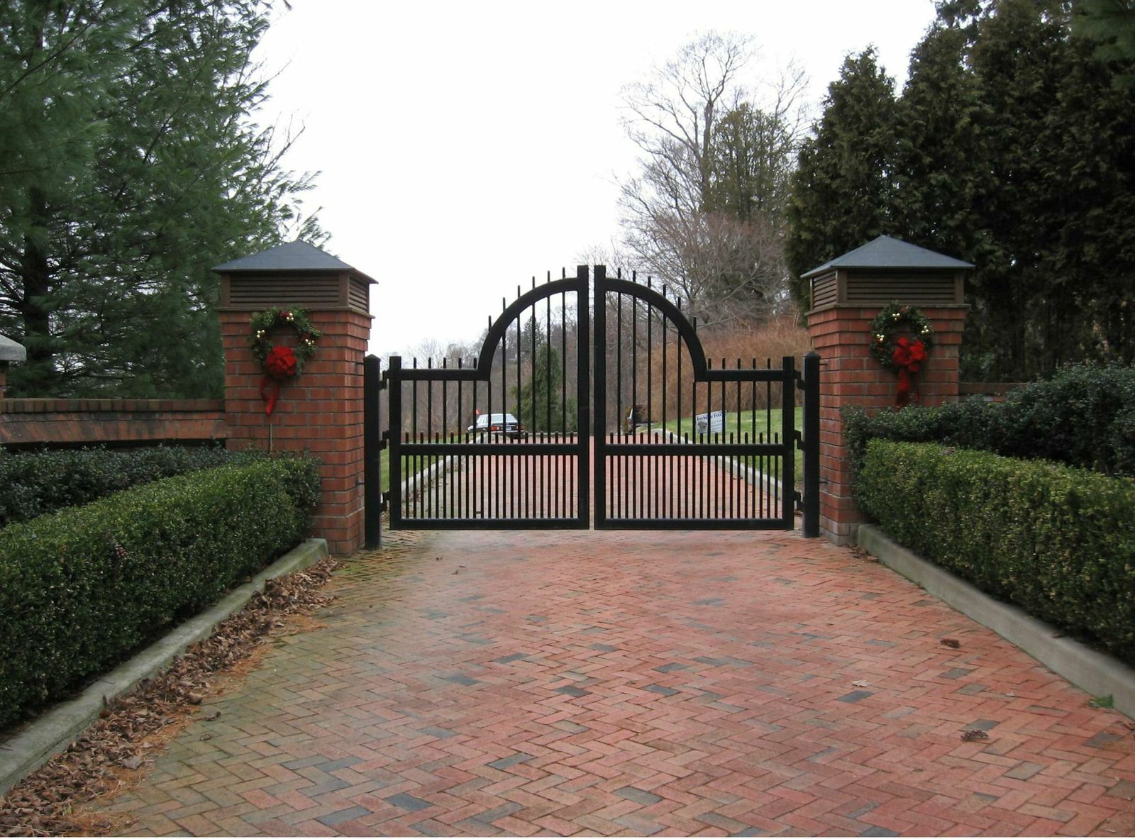 Iron driveway gates tri state gate for Motorized gates for driveways
