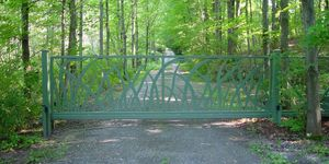 Little custom unique metal driveway gate grass design tri state gate new york