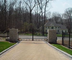 Automatic security gate for a luxury residential neighborhood in New York, by Tri State Gate