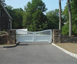 White wood gate driveway gate design by Tri State Gate, New York