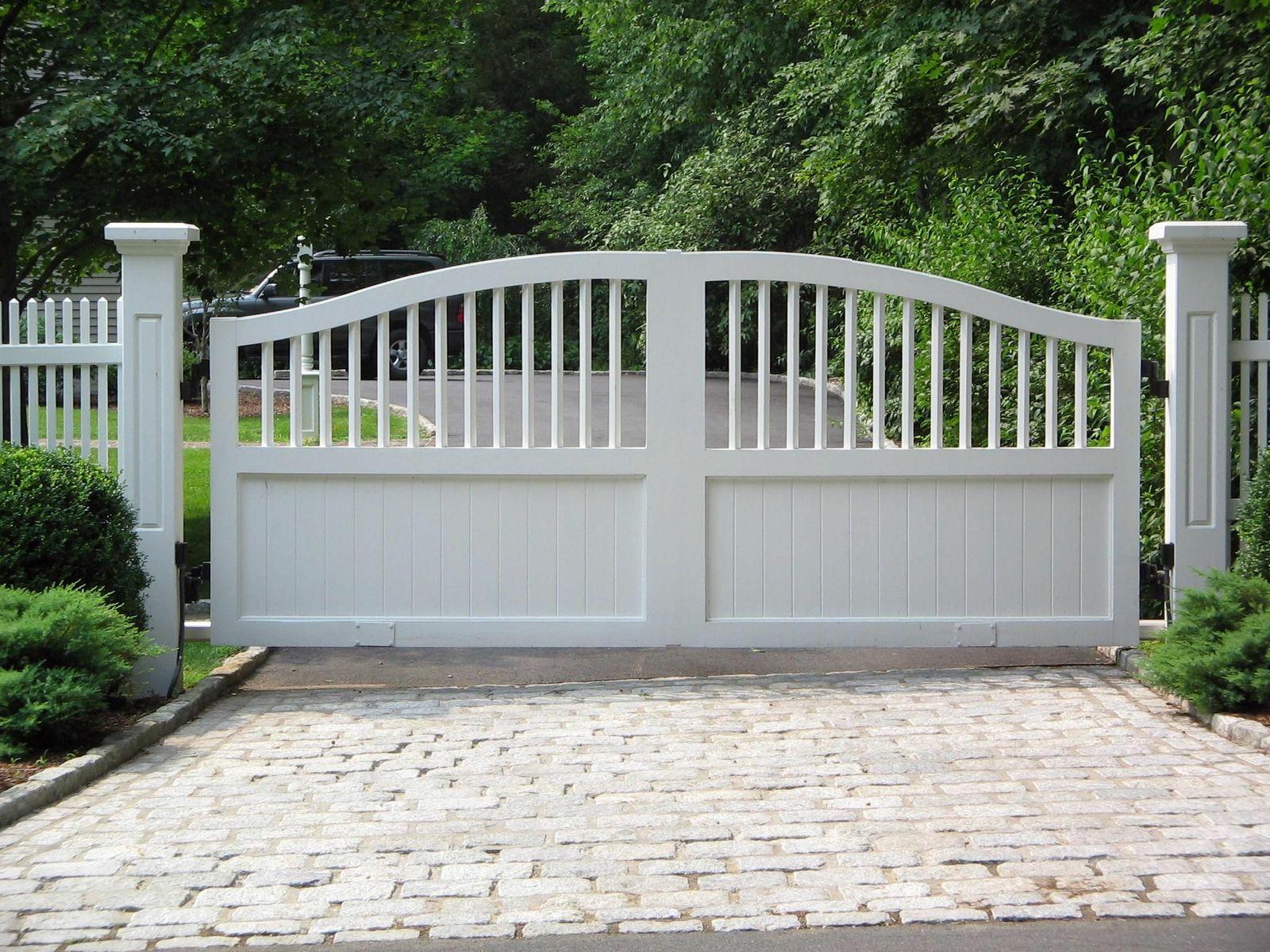 Composite driveway gates tri state gate