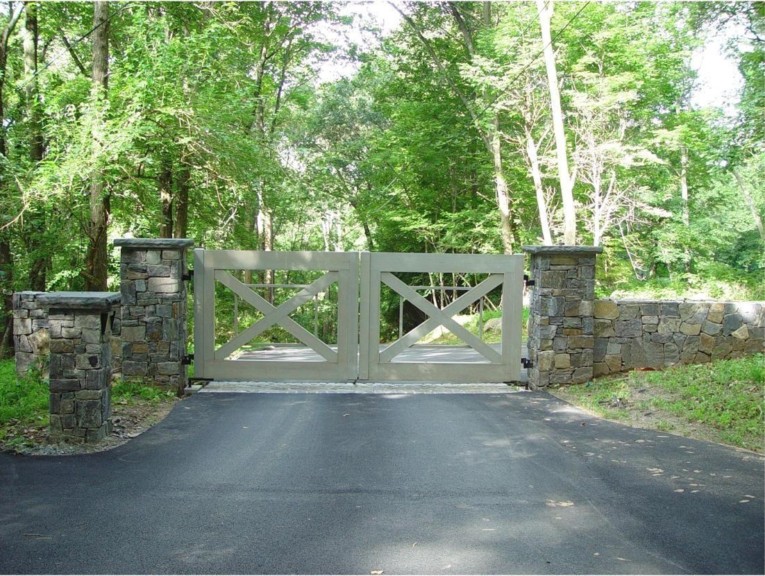 custom designed driveway gates tri state gate. Black Bedroom Furniture Sets. Home Design Ideas