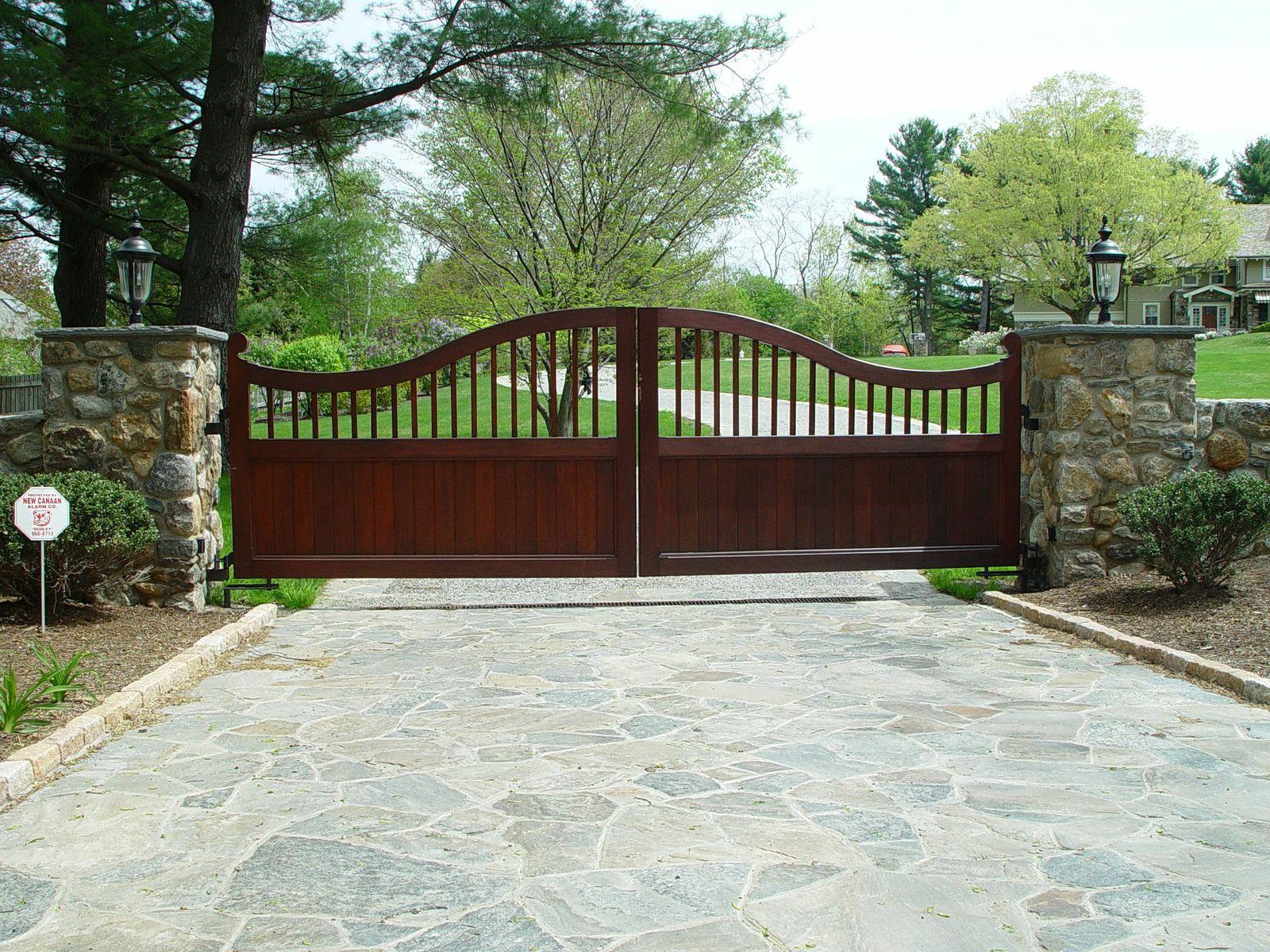 Mahogany double-swing automatic driveway gate